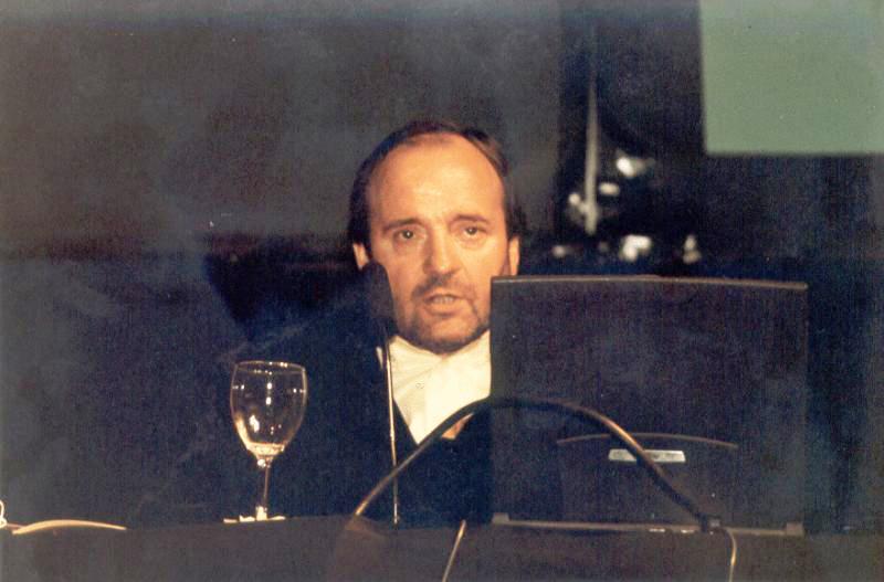 John Evans, como Presidente de ENIL en 2003.